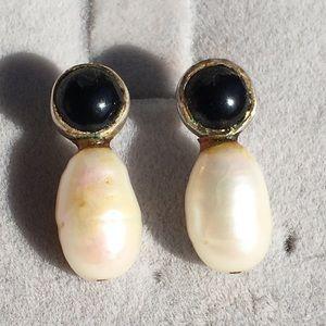 Vintage sterling,onyx and pearl earrings